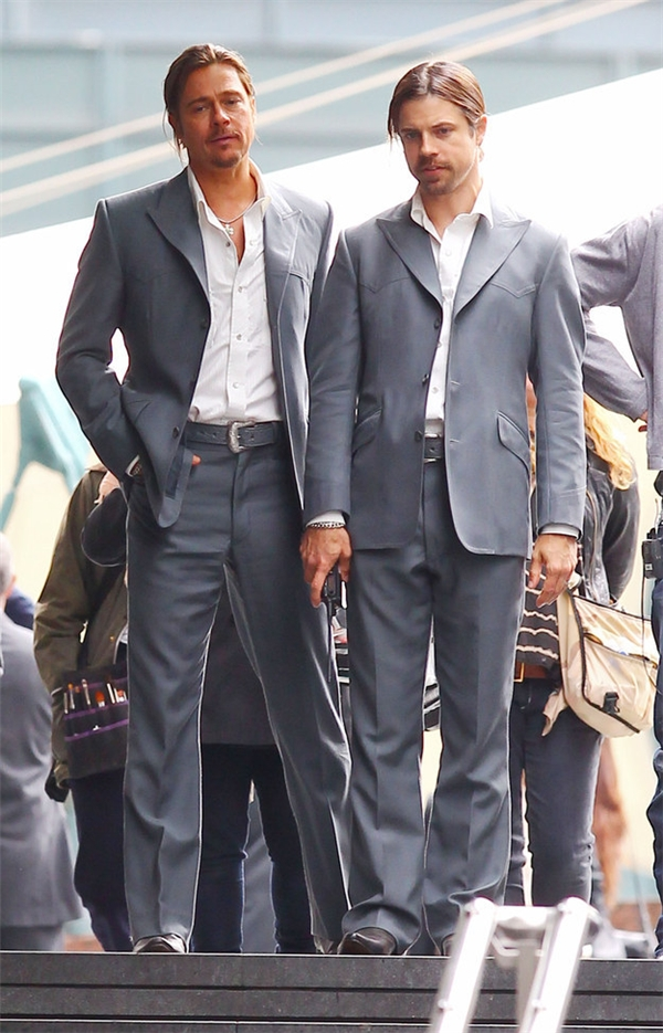 Brad Pitt (trái) & Rick English, The counselor