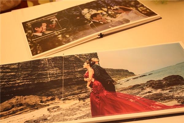 Hình ảnh hạnh phúc của hai vợ chồng được trang trí khắp nơi. - Tin sao Viet - Tin tuc sao Viet - Scandal sao Viet - Tin tuc cua Sao - Tin cua Sao