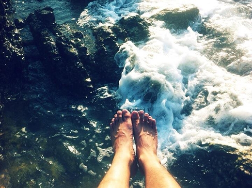 Điều quan trọng khi chụp chân trần là sự thoải mái.(Ảnh: Internet)