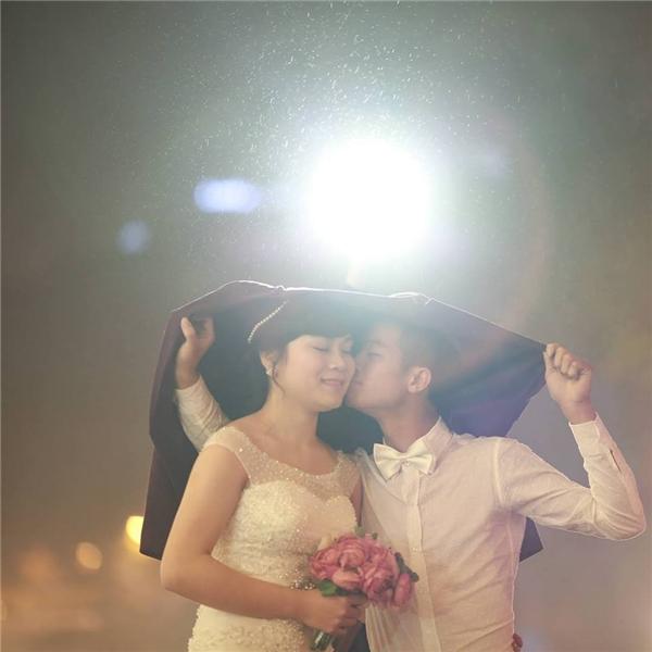 Sau bao vất vả cuối cùng hai bạn trẻ đã chính thức tổ chức đám cưới vào tháng 4/2015.(Ảnh: NVCC)