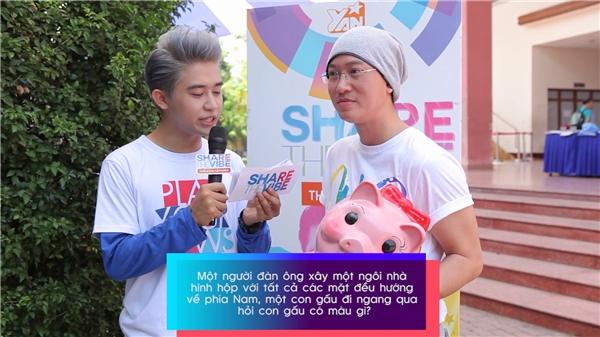 Sỹ Luân tham gia gameshow 5s lắc não cùng Vibe Tour