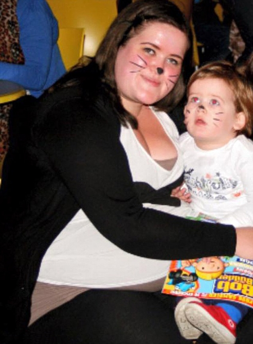 Cô bị béo phì từ hồi còn teen và càng nghiêm trọng hơn kể từ sau sinh con. (Ảnh: Internet)