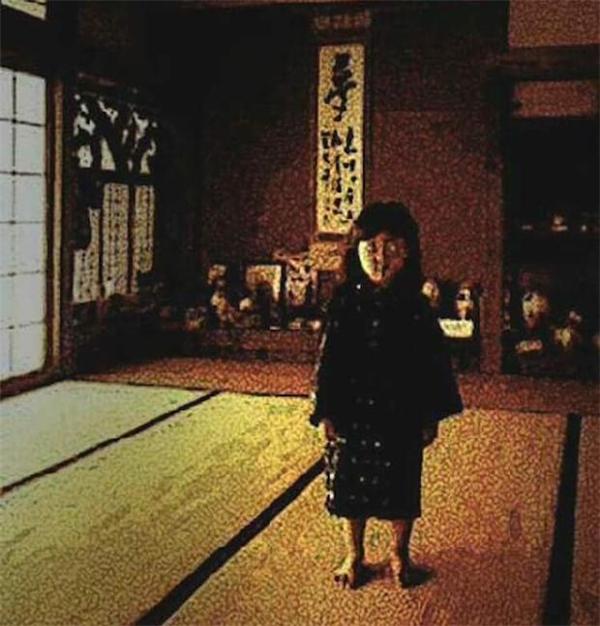 Zashiki-warashilà linh hồn của những đứa trẻ 12 tuổi sống trong căn phòng để trống.(Ảnh: Internet)