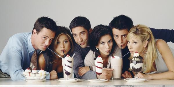 Friends: Một nhóm bạn cà phê cà pháo suốt 10 năm trời.