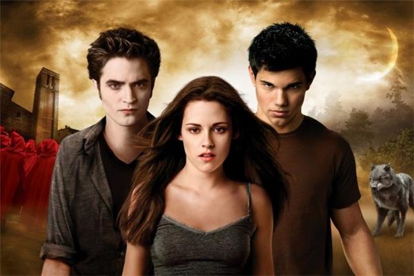 Twilight: Tình tay ba giữa một thiếu nữ 18 tuổi, một ông già trăm tuổi, và một con chó.