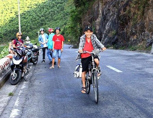 Trong hành trình đạp xe xuyên Việt của mình, anh Khương nhận được rất nhiều sự động viên của cộng đồng