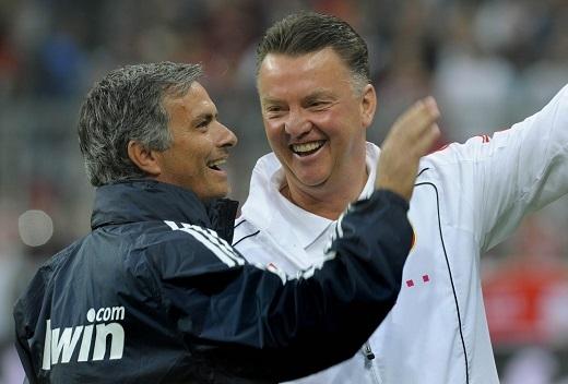 Van Gaal và Mourinho đã từng cộng tác với nhau khi còn ở Barcelona
