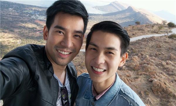 Cả hai đều sở hữu gương mặt đẹp trai không thua kém diễn viên nào cùng cơ thể cơ bắp đầy quyến rũ.(Ảnh: Internet)