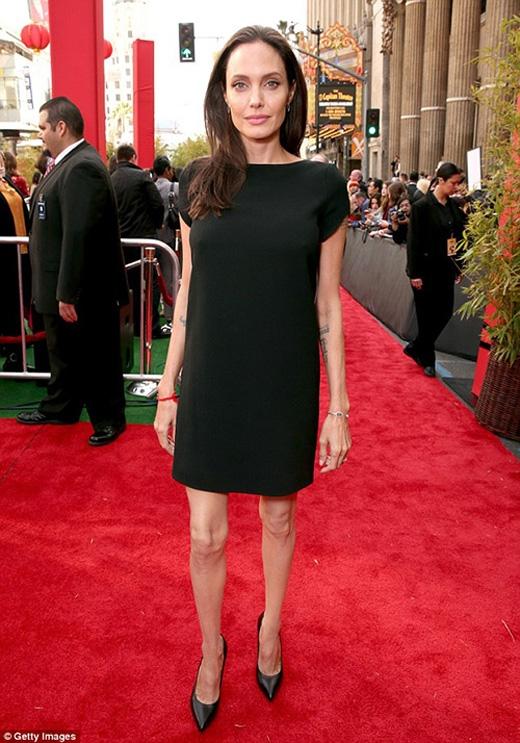 Nữ diễn viên đã sụt cân nghiêm trọng trong thời gian qua.