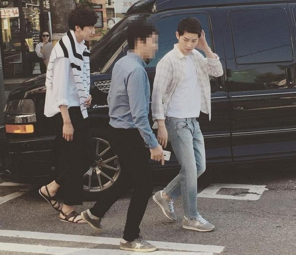 Song Joong Ki sẽ làm quản lý của Lee Kwang Soo nếu không là diễn viên