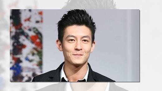 Hồi năm 2013, nhiều người không khỏi ngỡ ngàng khi bắt gặp Trần Quán Hy tại Thượng Hải trong vai trò của một anh bán giày.
