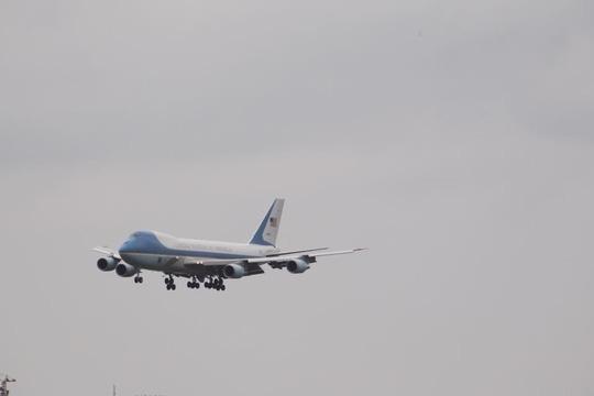 Chuyên cơ Air Force One đưa ông Obama đến Sài Gòn. Ảnh: Internet