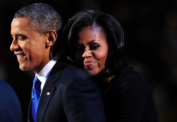 Tổng thống Obama và vợ thường xuyênthể hiện tình cảmvới nhau. Ảnh: Pinterest.