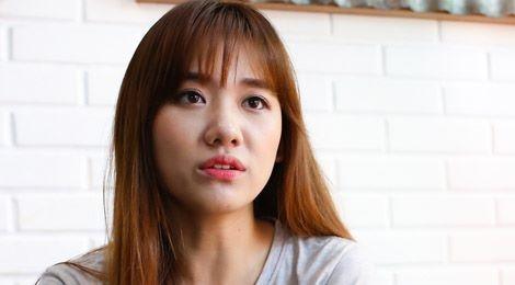 Yêu hai danh hài nổi tiếng, Hari Won và Nhã Phương mất nhiều hơn được? - Tin sao Viet - Tin tuc sao Viet - Scandal sao Viet - Tin tuc cua Sao - Tin cua Sao