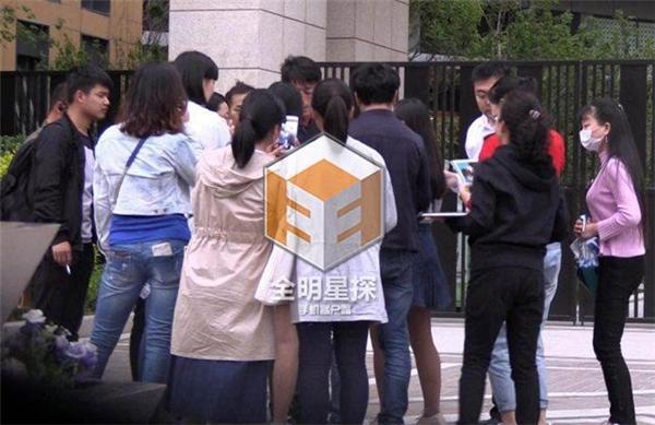 Ngày 21/05, Hoắc Kiến Hoa quay lại phim trường để làm việc...