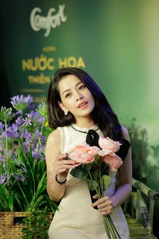 """ChiPu""""dịungọt"""" tại sự kiện ra mắt củaComfort - Tin sao Viet - Tin tuc sao Viet - Scandal sao Viet - Tin tuc cua Sao - Tin cua Sao"""