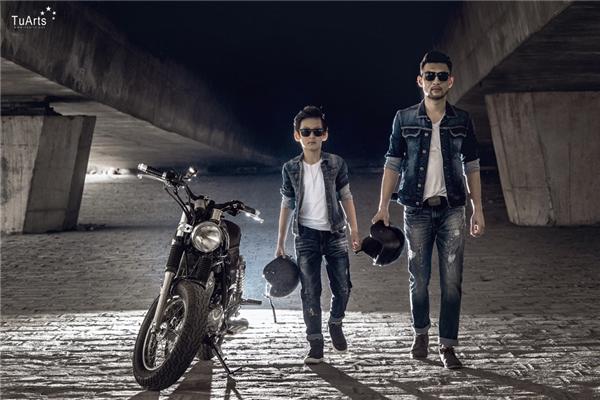 Tuy công việc kinh doanh rất bận rộn nhưng anh Minh luôn dành thời gian cho gia đình, anh với con trai cũngrất thân thiết với nhau, cùng chia sẻ mọi thứ như 2 người bạn.