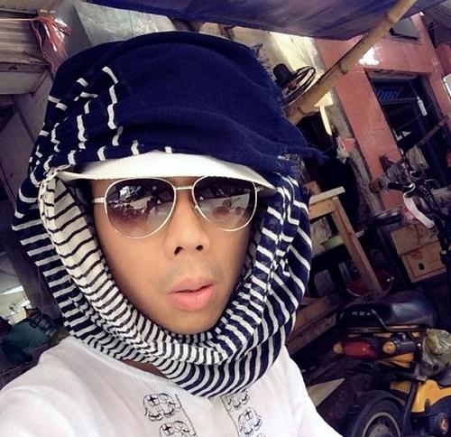 Nam MC từng cosplay thànhchàng đẹp trai bị trục xuất ở Trung Đông. - Tin sao Viet - Tin tuc sao Viet - Scandal sao Viet - Tin tuc cua Sao - Tin cua Sao