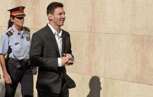 Hôm nay 31/5, Messi sẽ hầu tòa cùng cha mình ông Jorge Messi vì cáo buộc trốn thuế