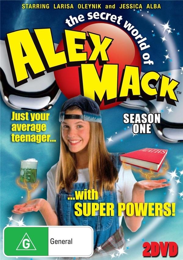 """Nếu đã nói tớiCô gái rô-bốtthì chắc hẳn chúng ta không thể quên bộ phimThế giới bí mật của Alex Mack.Đây cũng được xem là một trong những bộ phim """"đình đám"""" của những bạn trẻ thế hệ 8X - 9X bấy giờ.(Ảnh: Internet)"""