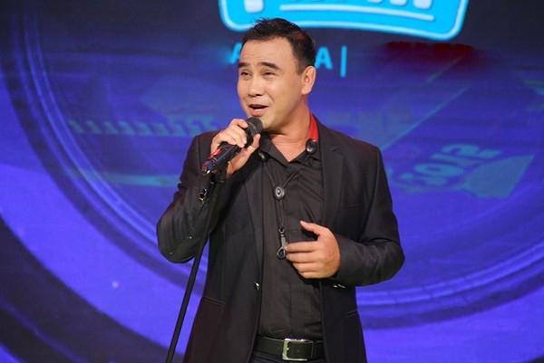 Không chỉ thành công với nghiệp diễn, Quyền Linh cũng là một MC được đông đảo khán giả yêu thích và mến mộ. - Tin sao Viet - Tin tuc sao Viet - Scandal sao Viet - Tin tuc cua Sao - Tin cua Sao