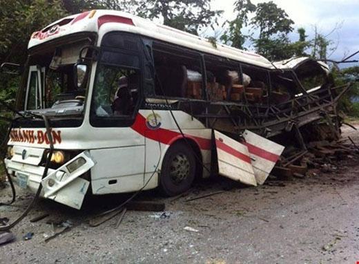 Sáng cùng ngày, Chủ tịch huyện và Trưởng công an huyện Bualapha, tỉnh Khăm Muộn đã có mặt tại hiện trường chỉ đạo điều tra vụ việc và ứng cứu người bị nạn.