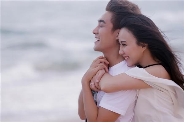 Đồng ý nha chính là MV mở màn cho một ca sĩ Huy Nam trưởng thành sẽ tiếp tục chinh phục người hâm mộ trong thời gian tới với những sản phẩm âm nhạc chất lượng.