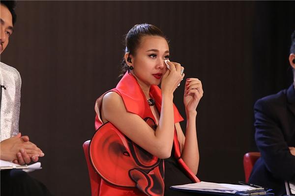 Dương Chí Thắng phải khiến Thanh Hằng và cả 3 giám khảo còn lại khóc nức nở với nghị lực vươn lên trong cuộc sống và theo đuổi đam mê trở thành một người mẫu chuyên nghiệp. Chàng trai này hứa hẹn sẽ có 1 suất vào nhà chung năm nay.