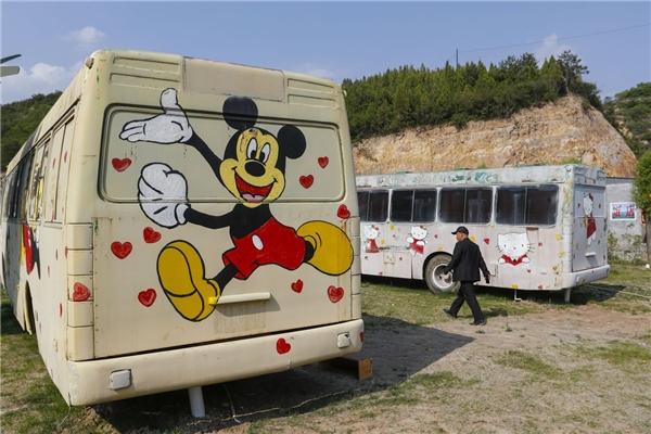 Yêu không chịu nổi xe buýt cũ biến thành một nơi ai cũng muốn check in