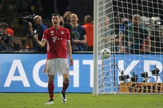 Lewandowski có khả năng sang Real hè này.Ảnh: AFP.