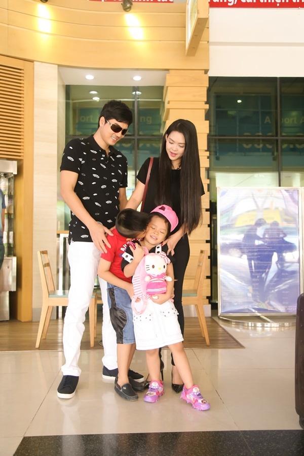 Nam diễn viên kiêm nhà sản xuất bộ phim Sơn Đẹp Traiđưa con gái ra Hà Nội để ghi hình cho các tập tiếp theo của chương trình Bố ơi mình đi đâu thế trong một tuần.