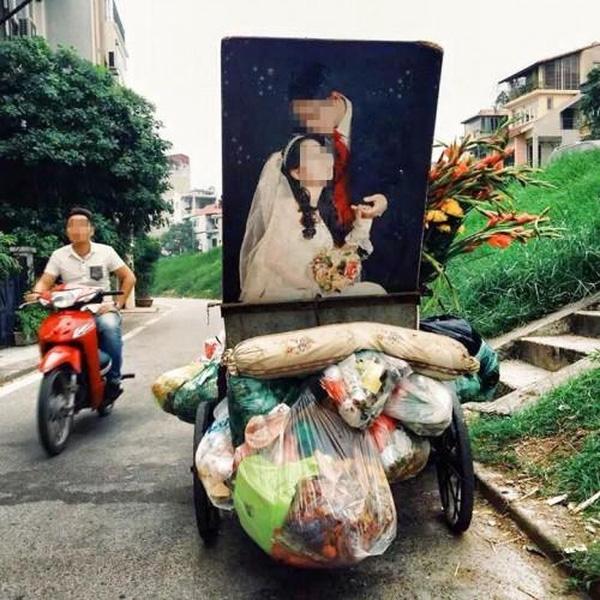 Sau tất cả, ảnh cưới cũng chỉ để lót bếp, bỏ thùng rác mà thôi
