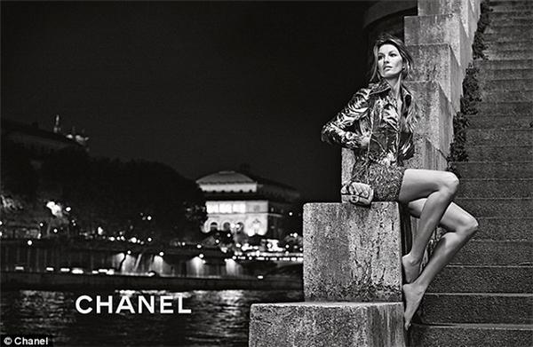 9. Mỗi ngày, có trung bình 10 bộ phim và buổi chụp ảnh thời trang diễn ra ở Paris. (Ảnh: Internet)