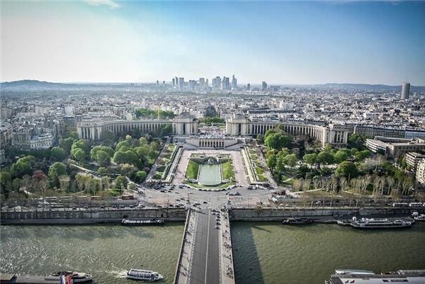 13. Quận 16 là quận duy nhất ở Paris có 2 mã bưu điện (75016 và 75116) chỉ vì… quá rộng lớn. (Ảnh: Internet)
