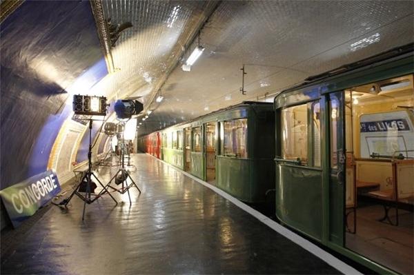 22. Tương tự, ga Porte des Lilas, hoạt động từ năm 1921 đến năm 1939, vận tải từ đường ray 3bis và 7bis, nay được trưng dụng để quay phim. (Ảnh: Internet)