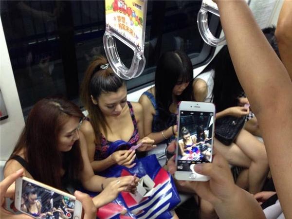 Không biết sau sự việc này hãng bao cao su nào đó có làm ăn phát đạt hơn không? Nhưng những cô gái kia có lẽ sẽ không dám đi tàu điện ngầm thêm lần nào nữa.