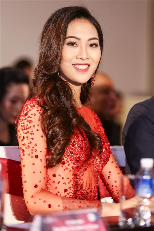 Hoa khôi áo dài 2016 - Diệu Ngọc.