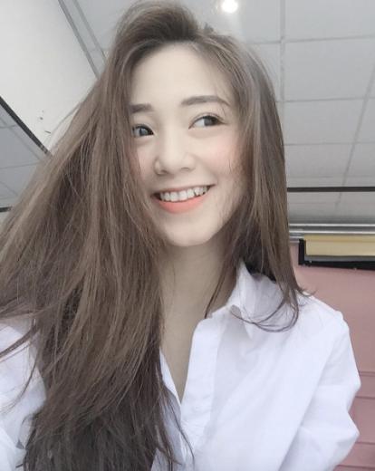 Như 4 nàng hot girl Việt này thì không đông fan mới lạ