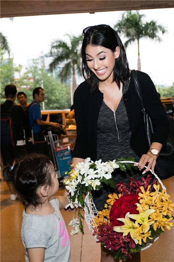 Dễ dàng nhậnthấy, Jacqueline Phạm xinh đẹp, trưởng thành và cao lớn hơn trước.