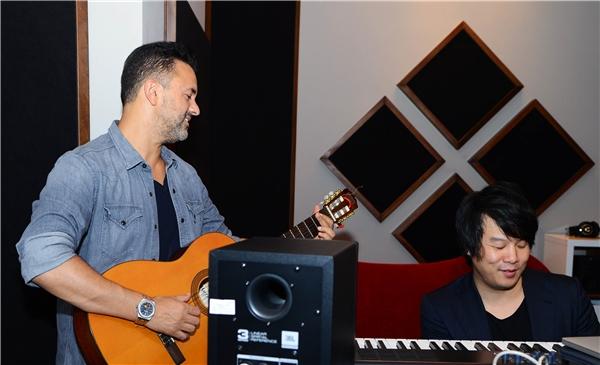 Năm 2015, nhà sản xuất âm nhạc RedOne đã đến Việt Nam lần đầu tiên để hợp tác cùng Thanh Bùi trong một số dự án âm nhạc quốc tế của anh.