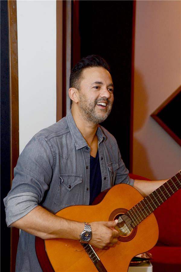 Anh đã hợp tác với rất nhiều nghệ sĩ nổi tiếng như Lady Gaga, Nicky Minaj, One Direction, J.Lo, Usher, Quincy Jones, Enrique Iglesias, Nicole Scherzinger…