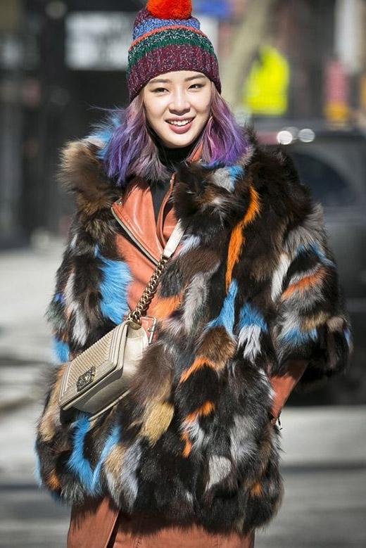 """Cũng là màu pastel nhưng Irene chọn cách Ombretóc theo kiểu cổ điển, tuy """"xưa"""" nhưng chưa bao giờ """"cũ"""".(Ảnh: Internet)"""