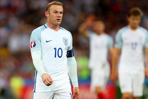 Wayne Rooney phản pháo với phát biểu của HLV Roy Hodgson