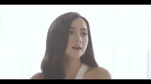 Thái Tuyết Trâm tâm trạng với bản acoustic cover