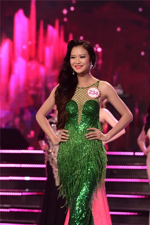 Trần Thị Thúy, sinh năm 1994, sinh viên Học viện Hành chính Quốc gia