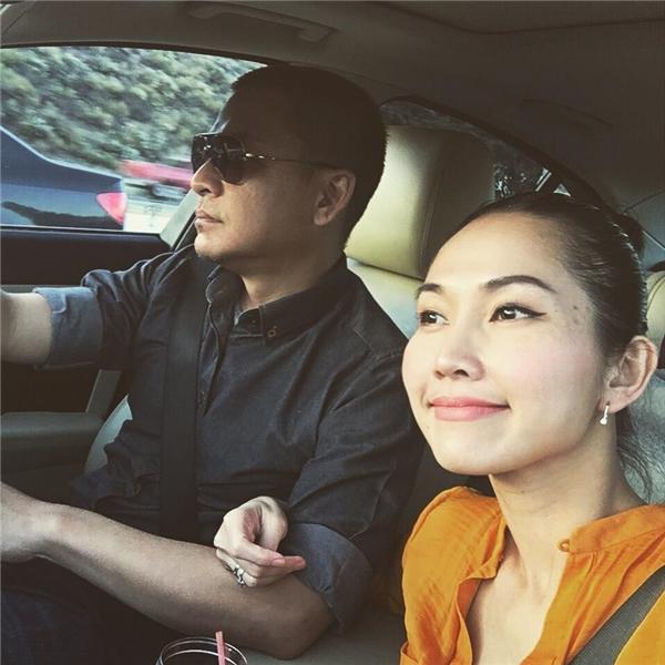 Sau 2 năm kết hôn, vợ chồng Kim Hiền khiến cư dân mạng hết sức ghen tị khi luônquấn quít và ngọt ngào bên nhau. - Tin sao Viet - Tin tuc sao Viet - Scandal sao Viet - Tin tuc cua Sao - Tin cua Sao