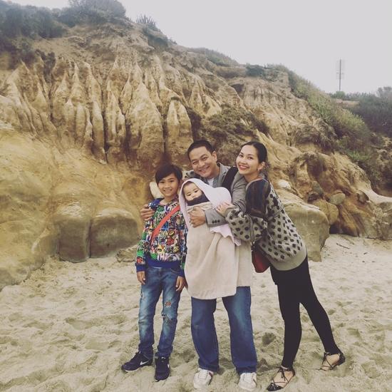 Khoảnh khắc sum vầy hạnh phúc của gia đình khiến nhiều người ao ước và ngưỡng mộ - Tin sao Viet - Tin tuc sao Viet - Scandal sao Viet - Tin tuc cua Sao - Tin cua Sao