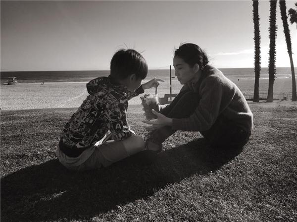 Kim Hiền chơi đùa với con trai lớn Sonic. - Tin sao Viet - Tin tuc sao Viet - Scandal sao Viet - Tin tuc cua Sao - Tin cua Sao