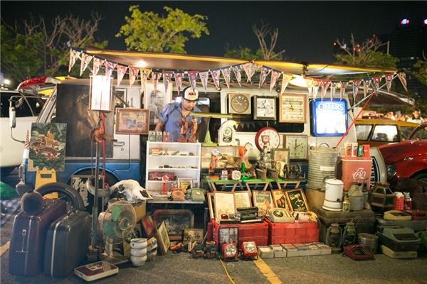 """Du lịch Thái Lan - Những chợ đêm khiến bạn """"cháy túi"""" ở Bangkok"""