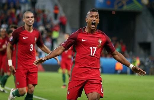 Bồ Đào Nha có nhiều cầu thủ tấn công tốt như Luis Nani nhưng việc phụ thuộc vào Ronaldo là không thể phủ nhận.